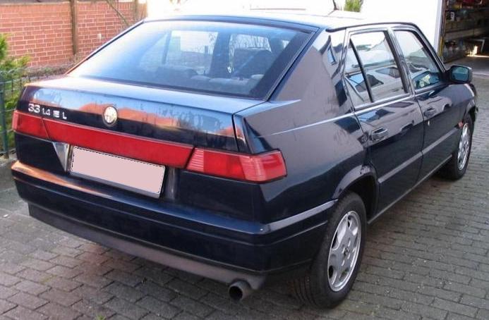 Alfa 33 tercera serie. Vista trasera.