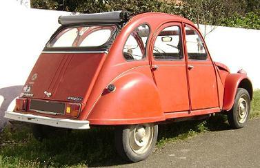 Citroën 2CV. Vista trasera.
