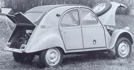 Citroën 2CV Sahara. 4x4 bimotor. Vista trasera.