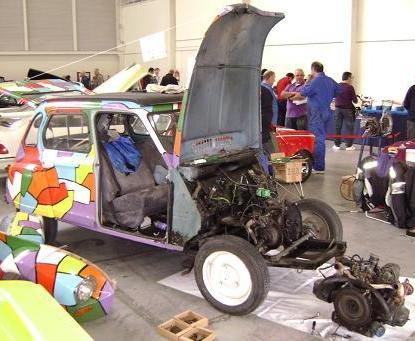 Citroën Dyane desmontado.