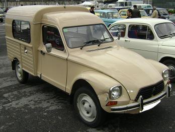 Citroën Acadiane. Vista Frontal.