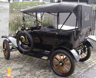 Ford T. Vista trasera.