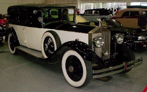 Rolls Royce Phantom II. Vista frontal.
