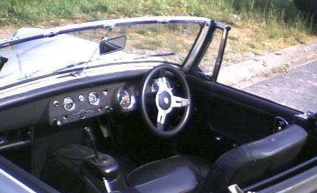 MG Midget . Interior.