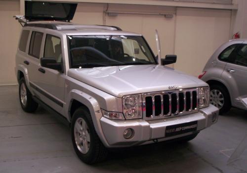 Jeep Commander. FICOAUTO 2007.