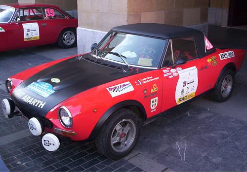 FIAT 124 Spider Abarth. X memorial Ignacio Sunsundegui.