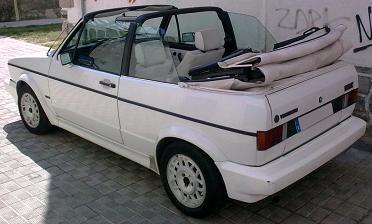 Volkswagen Golf MkI Cabrio. Vista trasera.