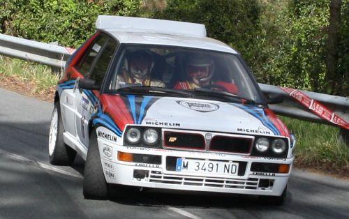 Lancia Delta HF Integrale en un Rally.