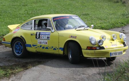 Porsche 911 Carrera RS en Rallye.