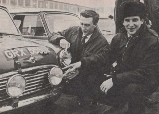 Timo Makinen. Mini Cooper S.Descalificado por usar bombillas monofilamento.
