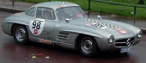 Mercedes 300 SL preparado para competición