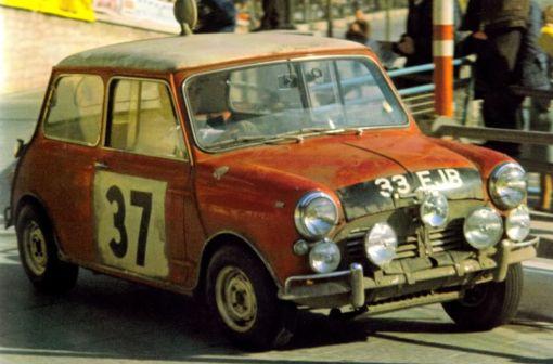 Mini Cooper S. Paddy Hopkirk y Henry Liddon . Montecarlo 1.964