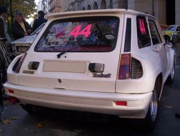 Renault 5 Turbo 2, vista trasera.