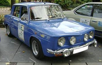 Renault 8 TS. Vista Frontal.
