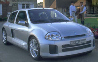 Renault clio Sport V6, Vista Frontal.