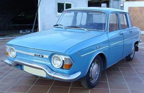 Renault 10. Vista frontal