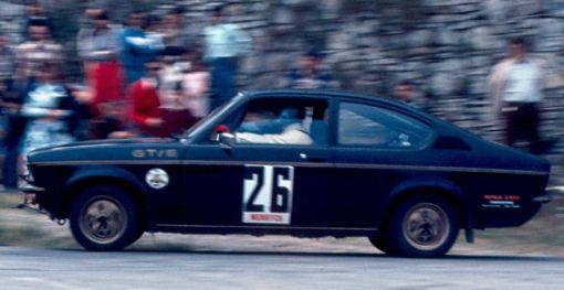 Michel Bezy (Opel Kadett GT/E) Foto; F. Iguiñiz