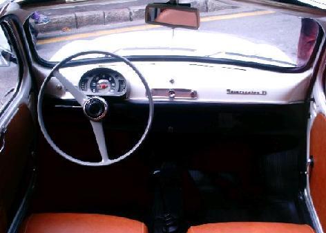 Seat 600 D. Vista interior.