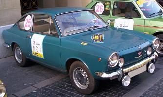 SEAT 850 Sport Coupé. Doble óptica delantera