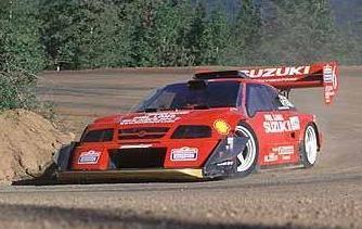 Suzuki Escudo Pike's Peak, en plena carrera.