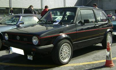 Volkswagen Golf GTI Mk1. Vista frontal.