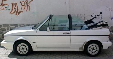 Volkswagen Golf MkI Cabrio. Vista Lateral.